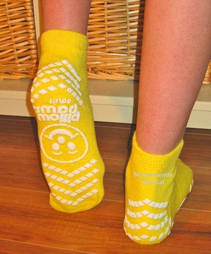 6-Non-skid-socks